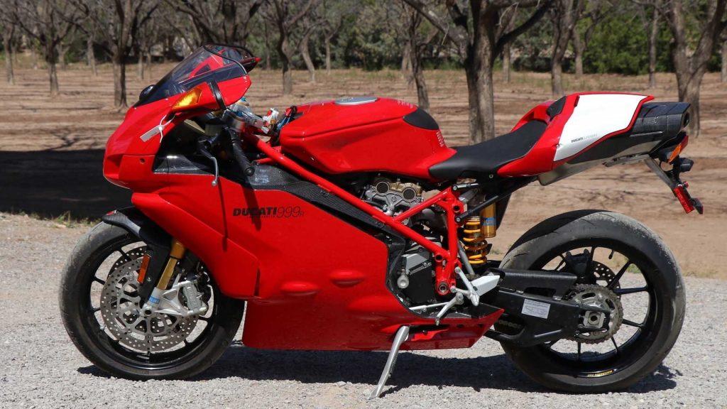 2005 Ducati 999R Testaretta