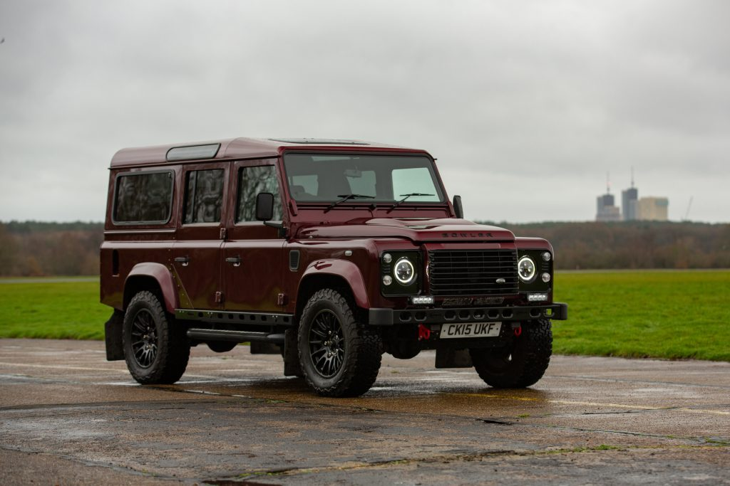 Land Rover Defender 110 Landmark XS front three-quarter