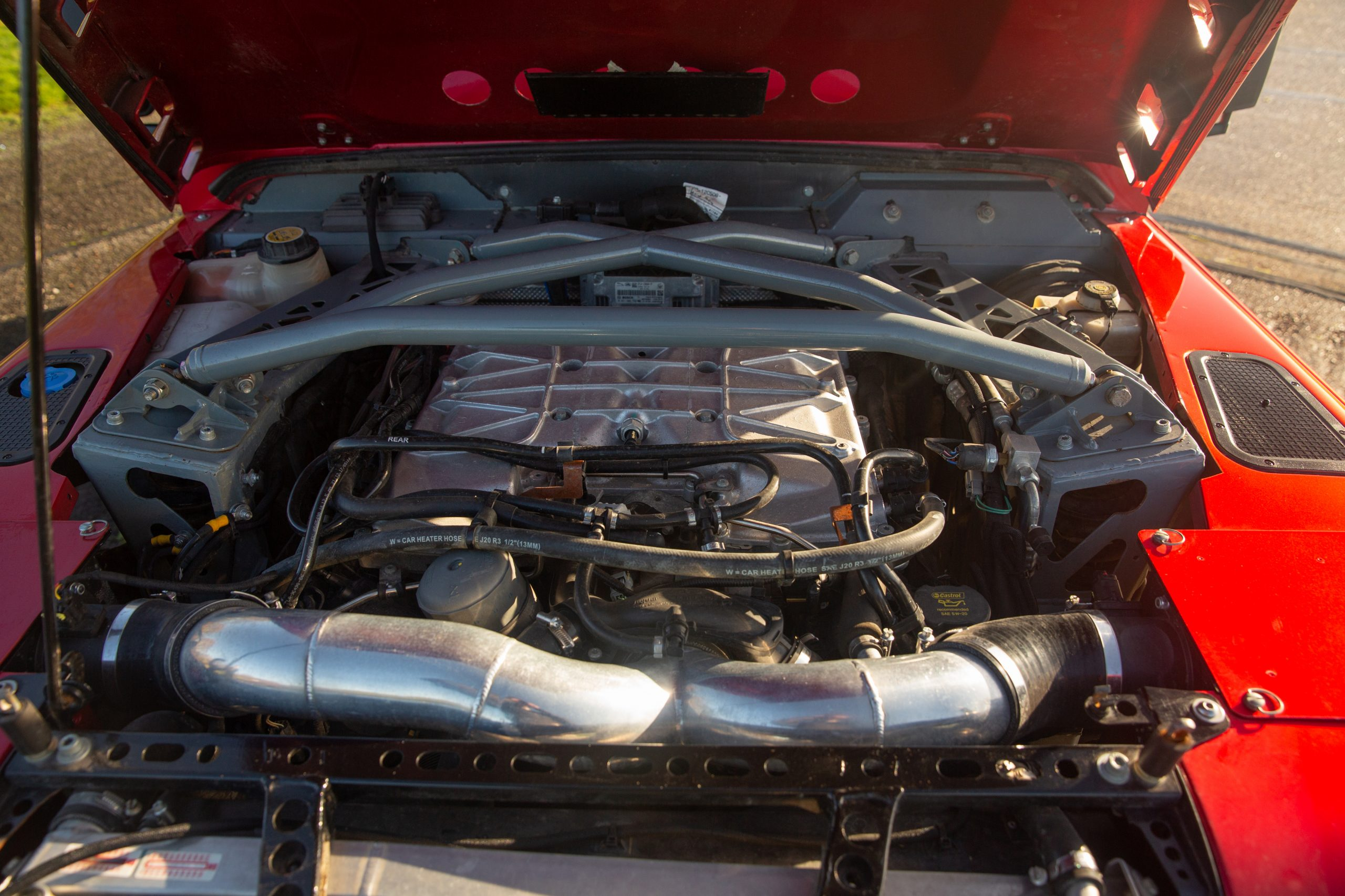 Land Rover Bowler CSP V8 Prototype engine