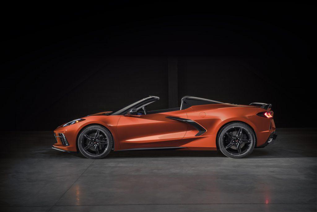 C8 Corvette convertible side profile
