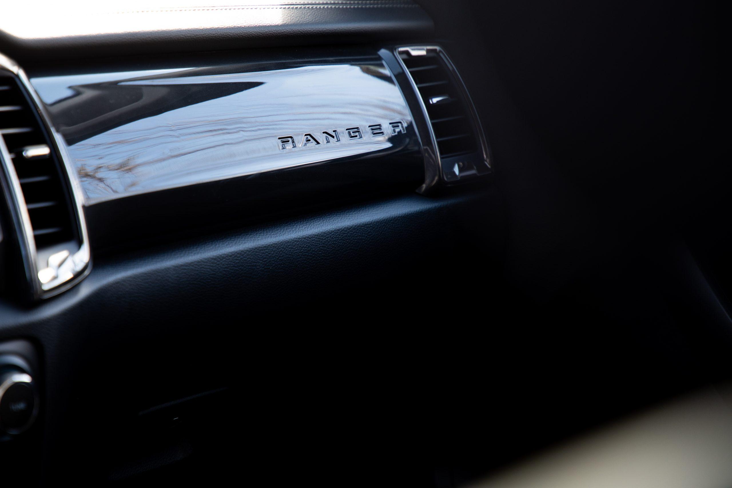 2020 Ford Ranger Lariat CN passenger interior panel