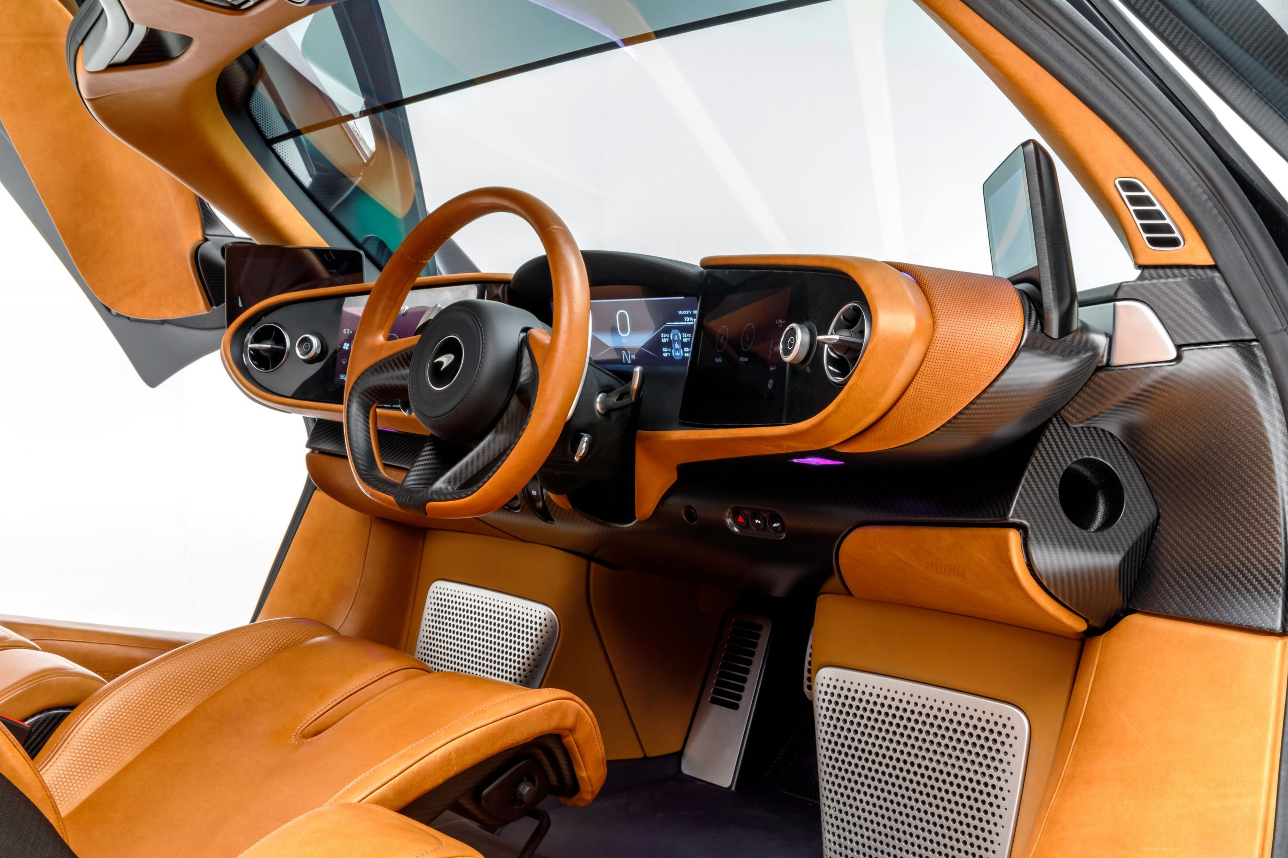 McLaren Speedtail interior front