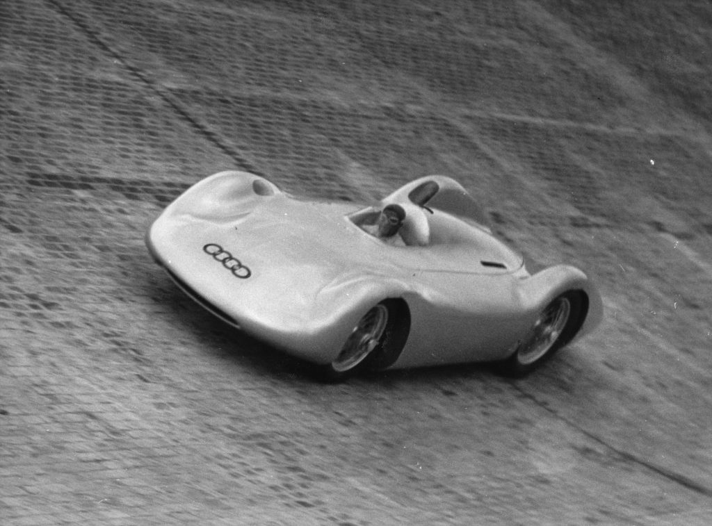 Bernd Rosemeyer tests the new North curve action