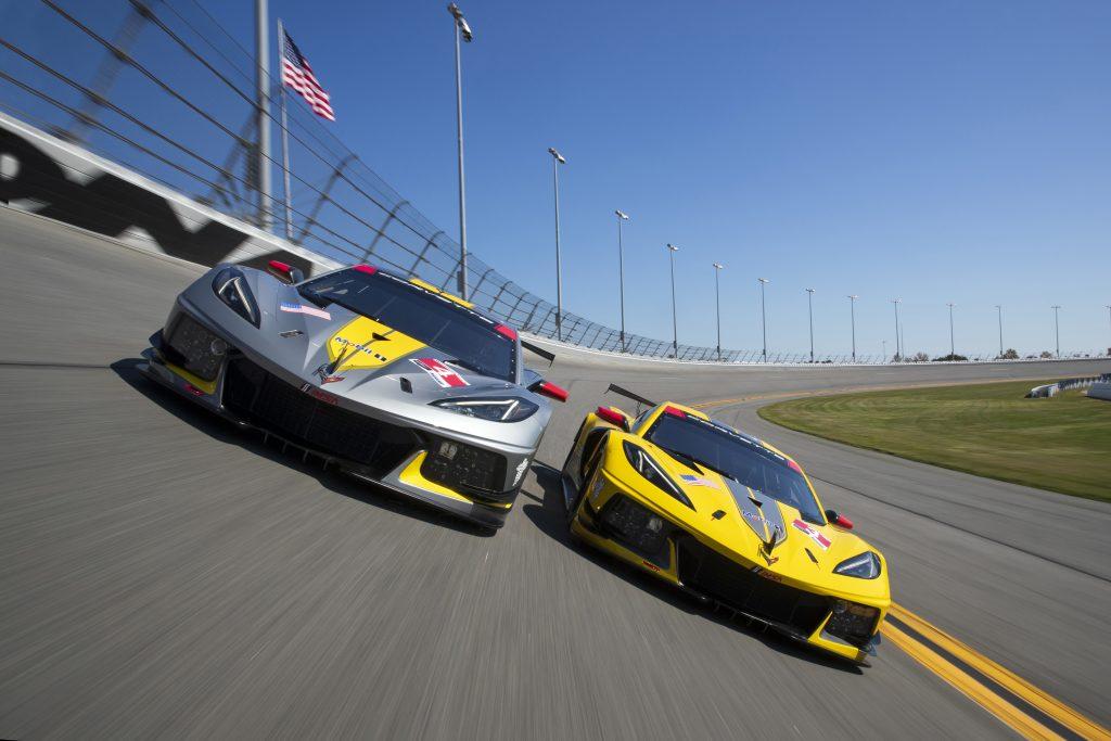 Corvette C8.R cars on track