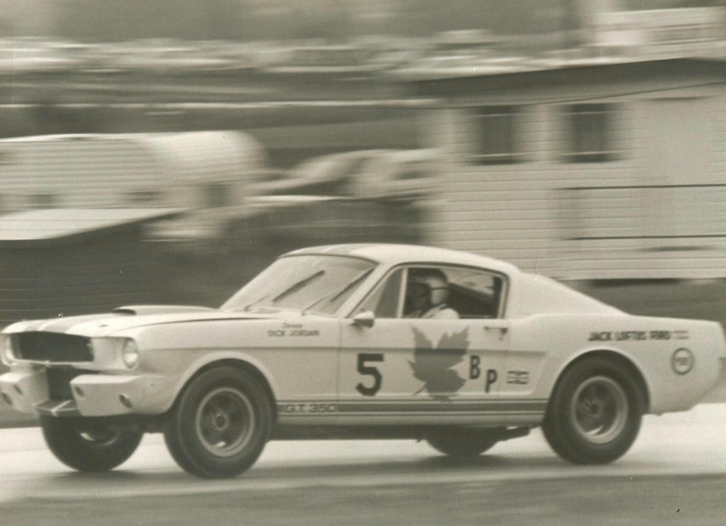 Shelby GT350R front three-quarter racing action