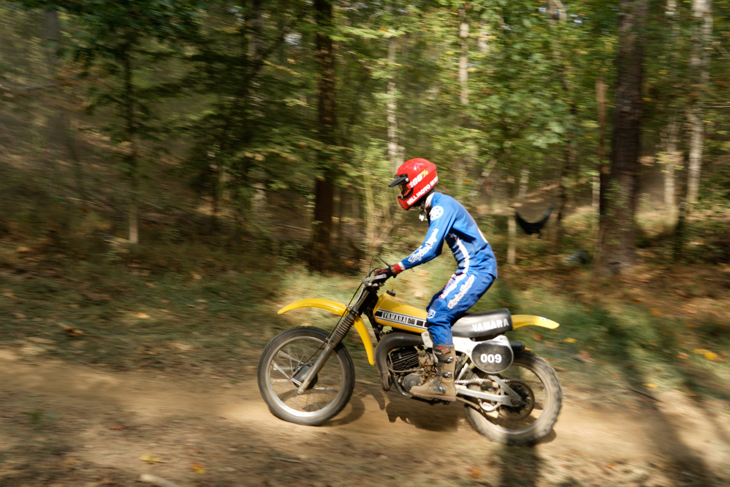 Kyle Smith racing YZ125 at Barber Vintage Festival profile