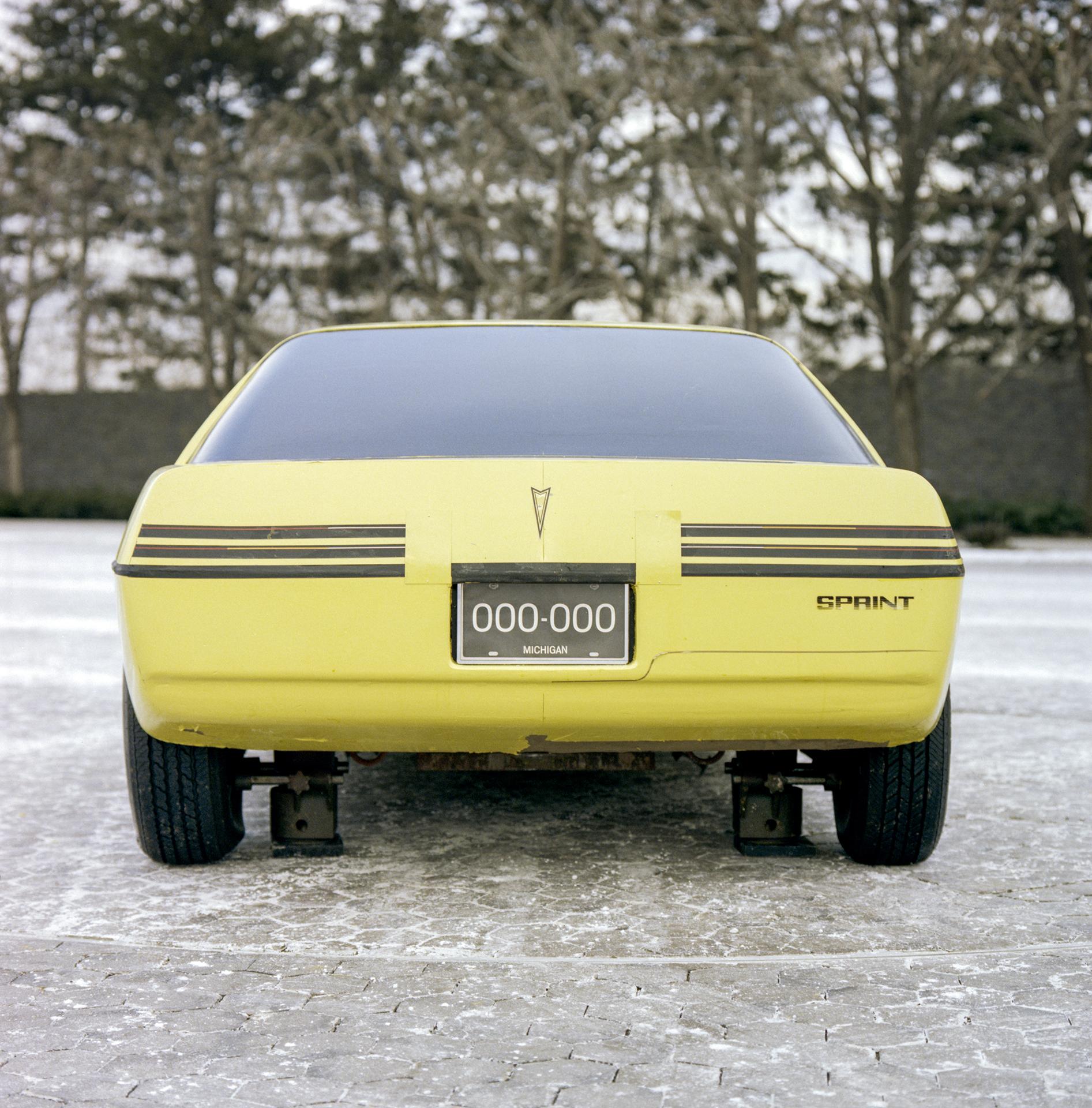Pontiac P body Fiero development rear