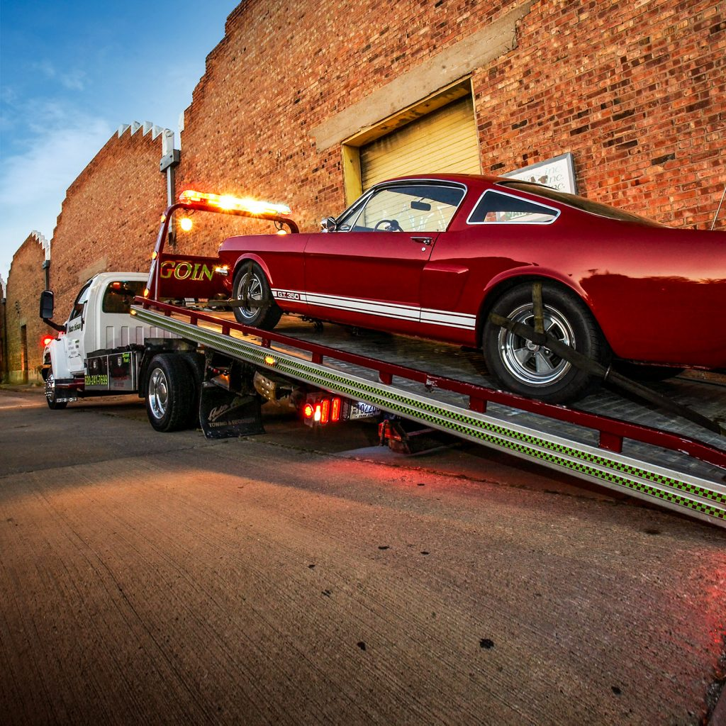 Flatbed Truck Loads Shelby GT350