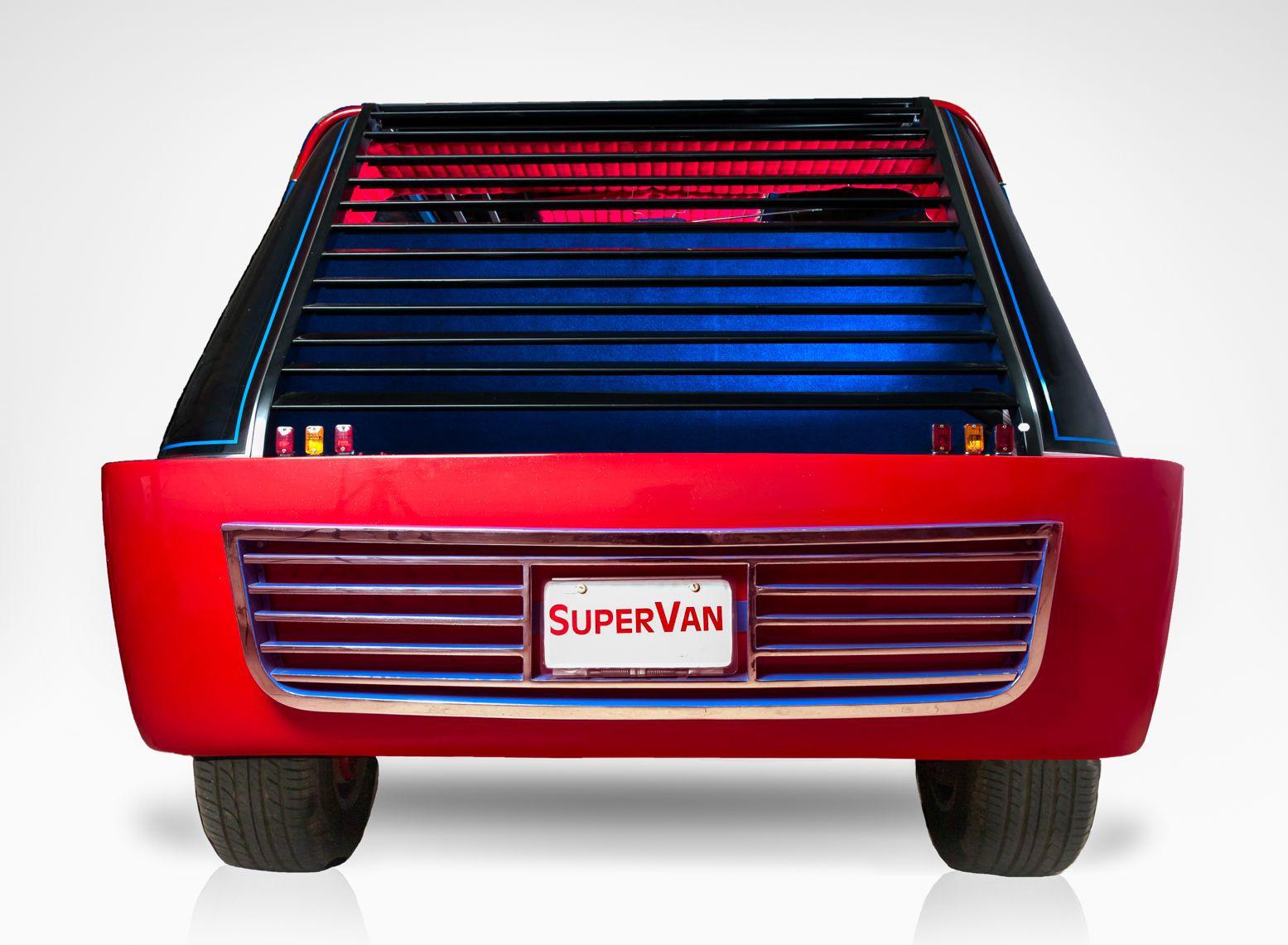 Hollywood Legends Super Van rear