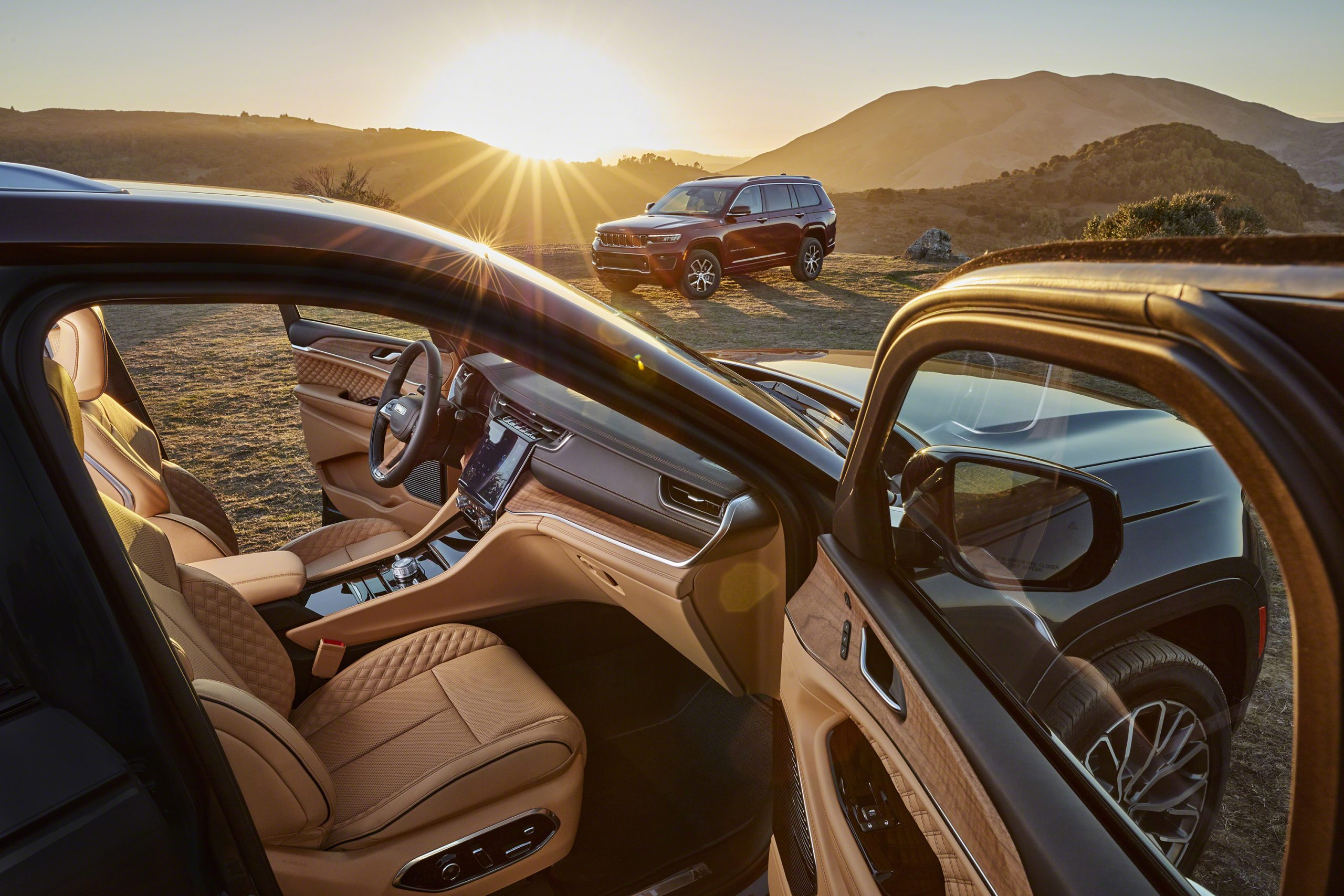 Jeep Grand Cherokee L Summit Reserve and Overland