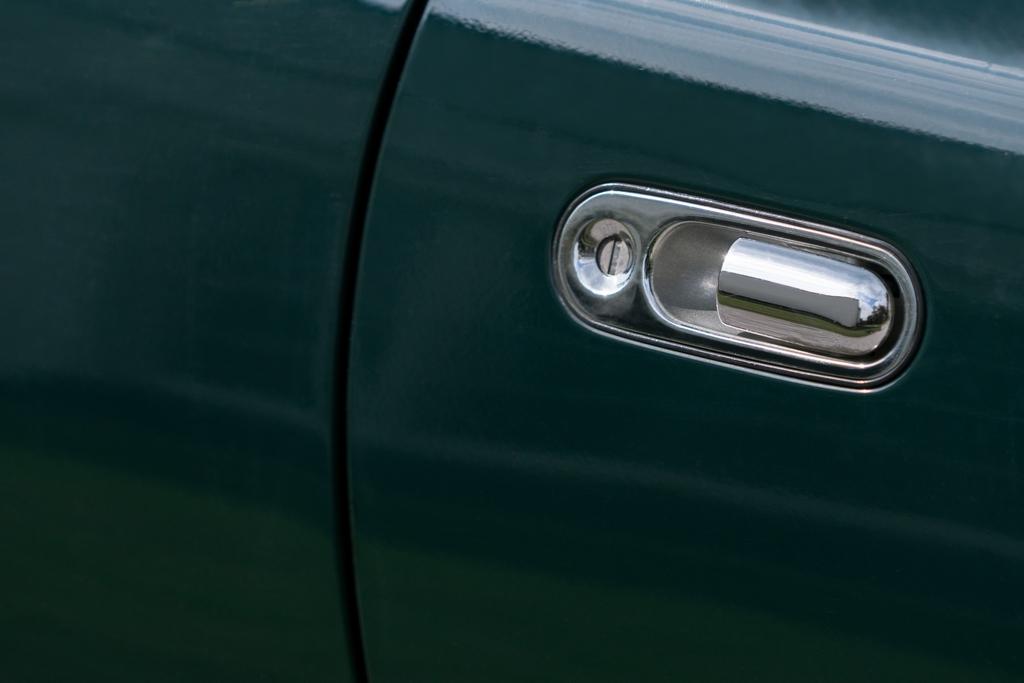 Mazda MX-5 door handle detail