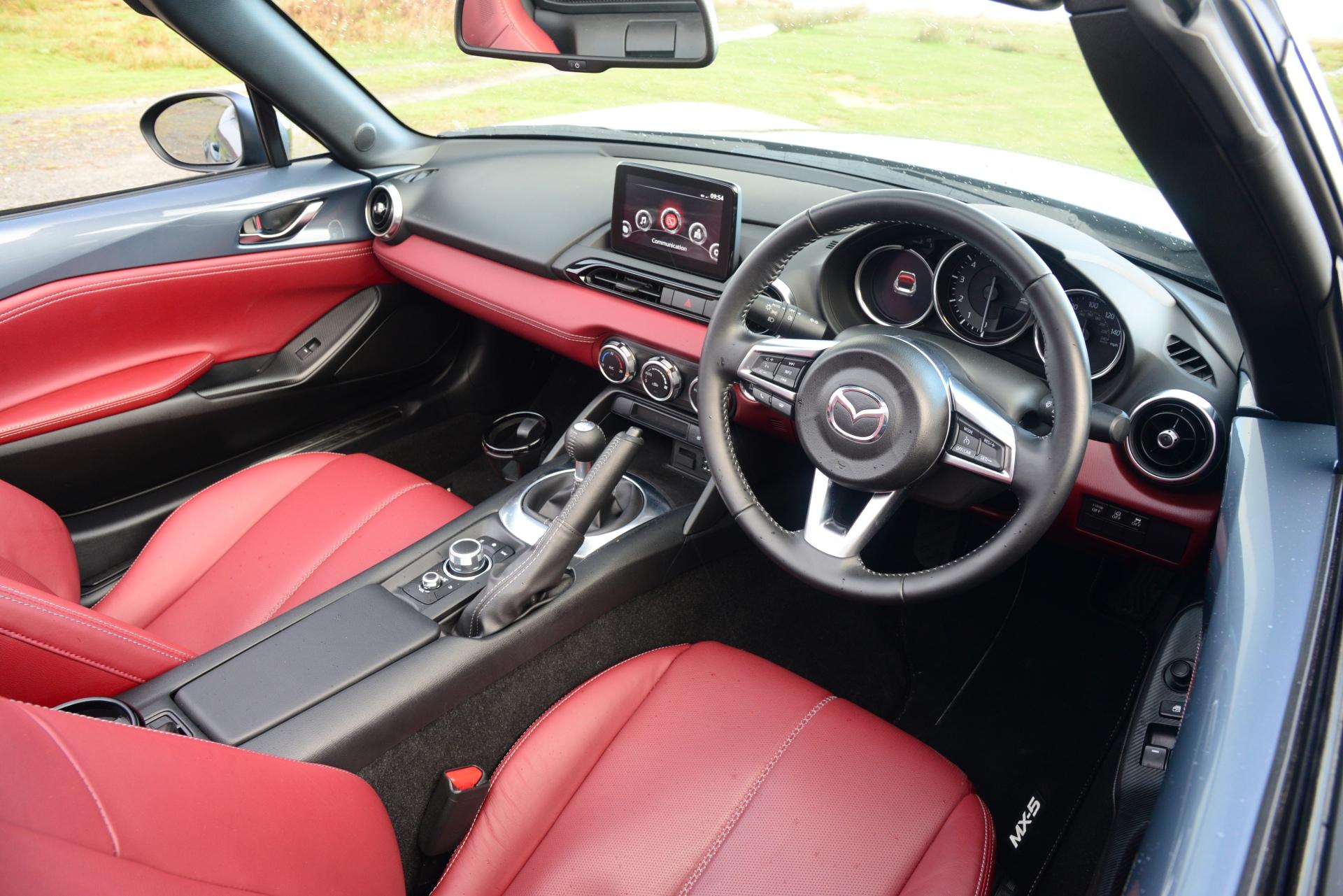 Mazda MX-5 R-Sport interior driver cockpit