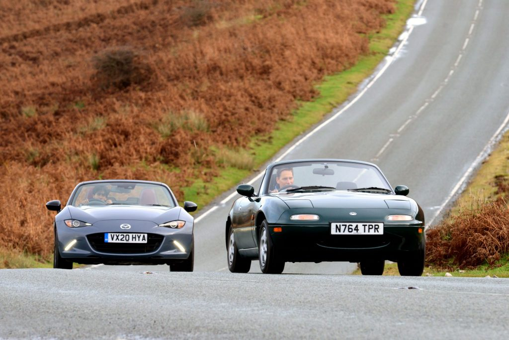 Mazda MX-5 and MX-5 R-Sport front action