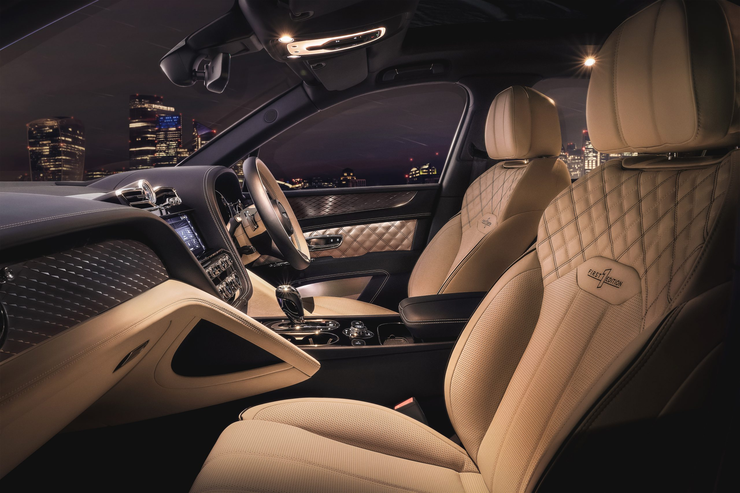 Bentley Bentayga Hybrid interior