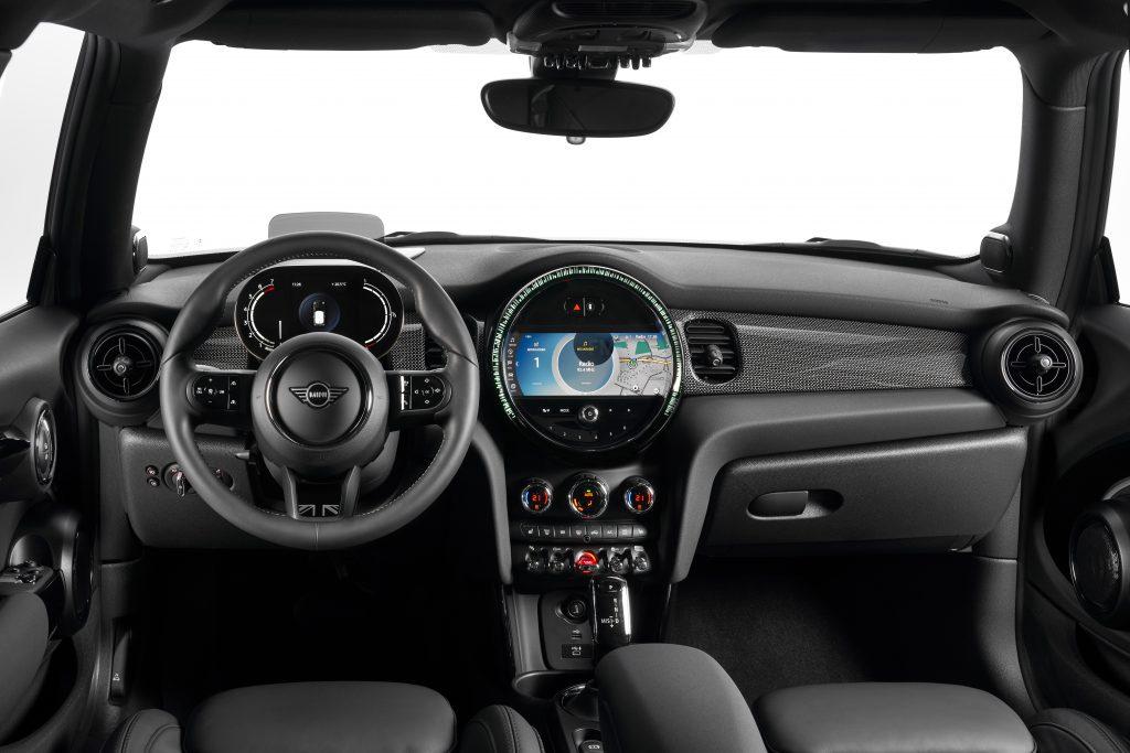 2022 Mini Cooper interior