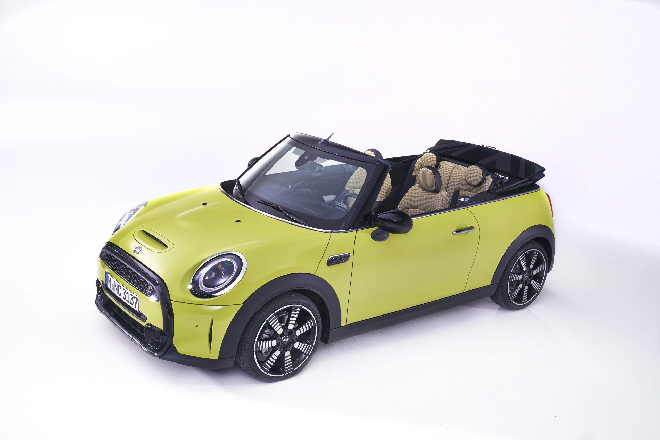 2022 mini cooper s convertible new upholstery
