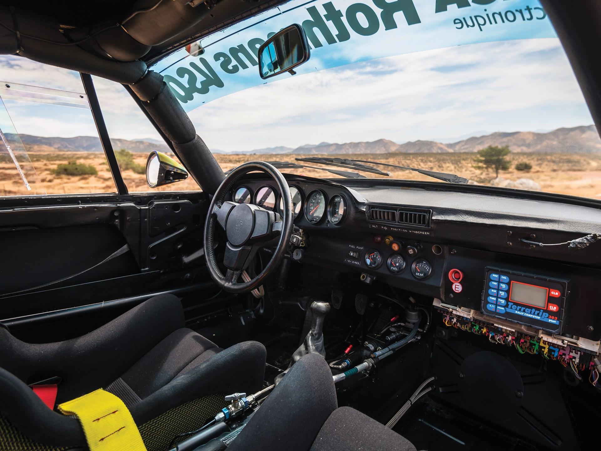 1985 Porsche 959 Paris-Dakar interior