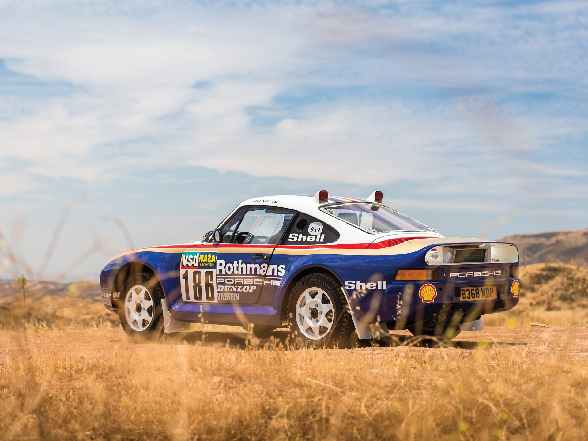 1985 Porsche 959 Paris-Dakar rear three-quarter