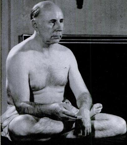 Pierre Bernard 1939 yogi