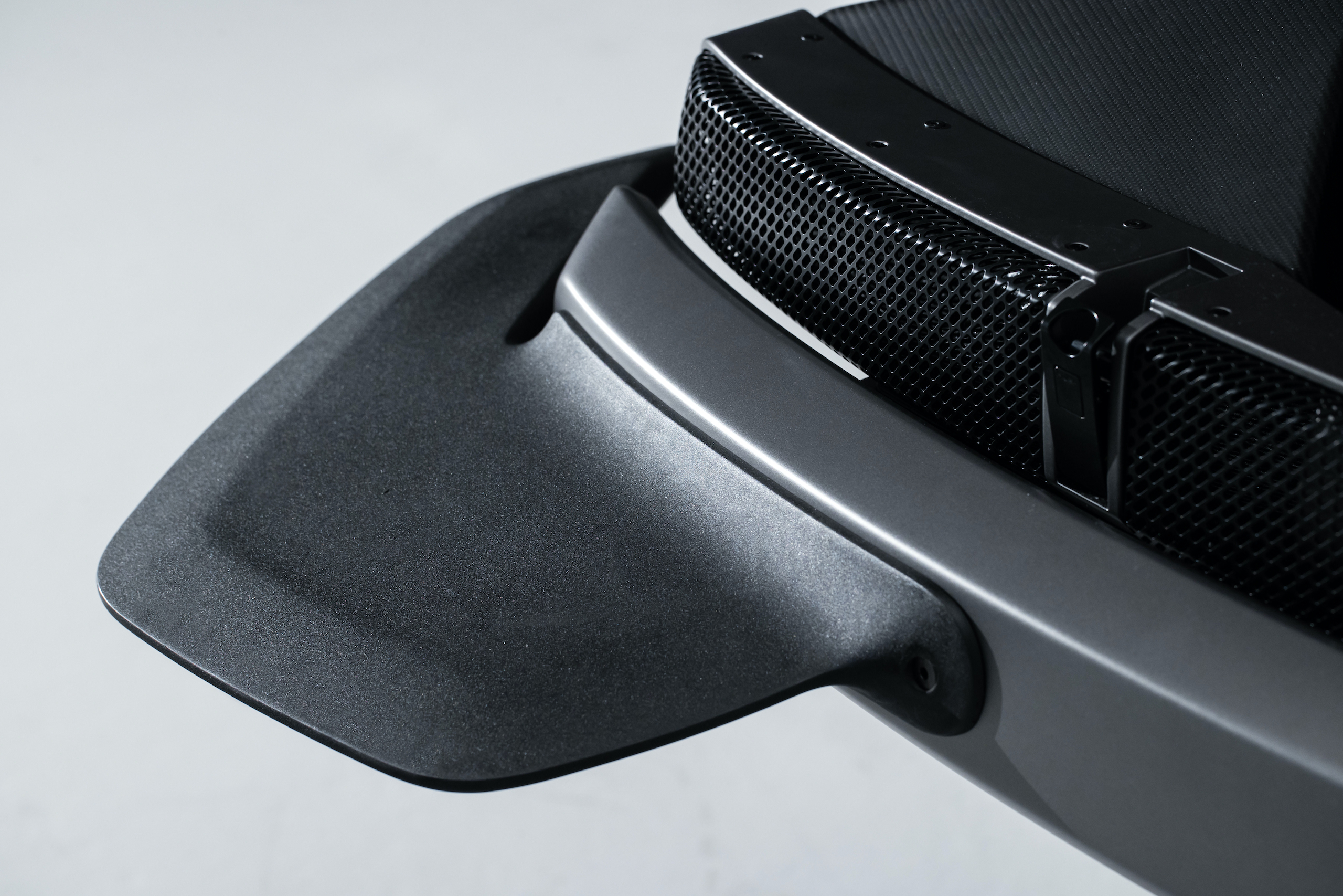 Singer All-Terrain Competition Study rear fender fin detail