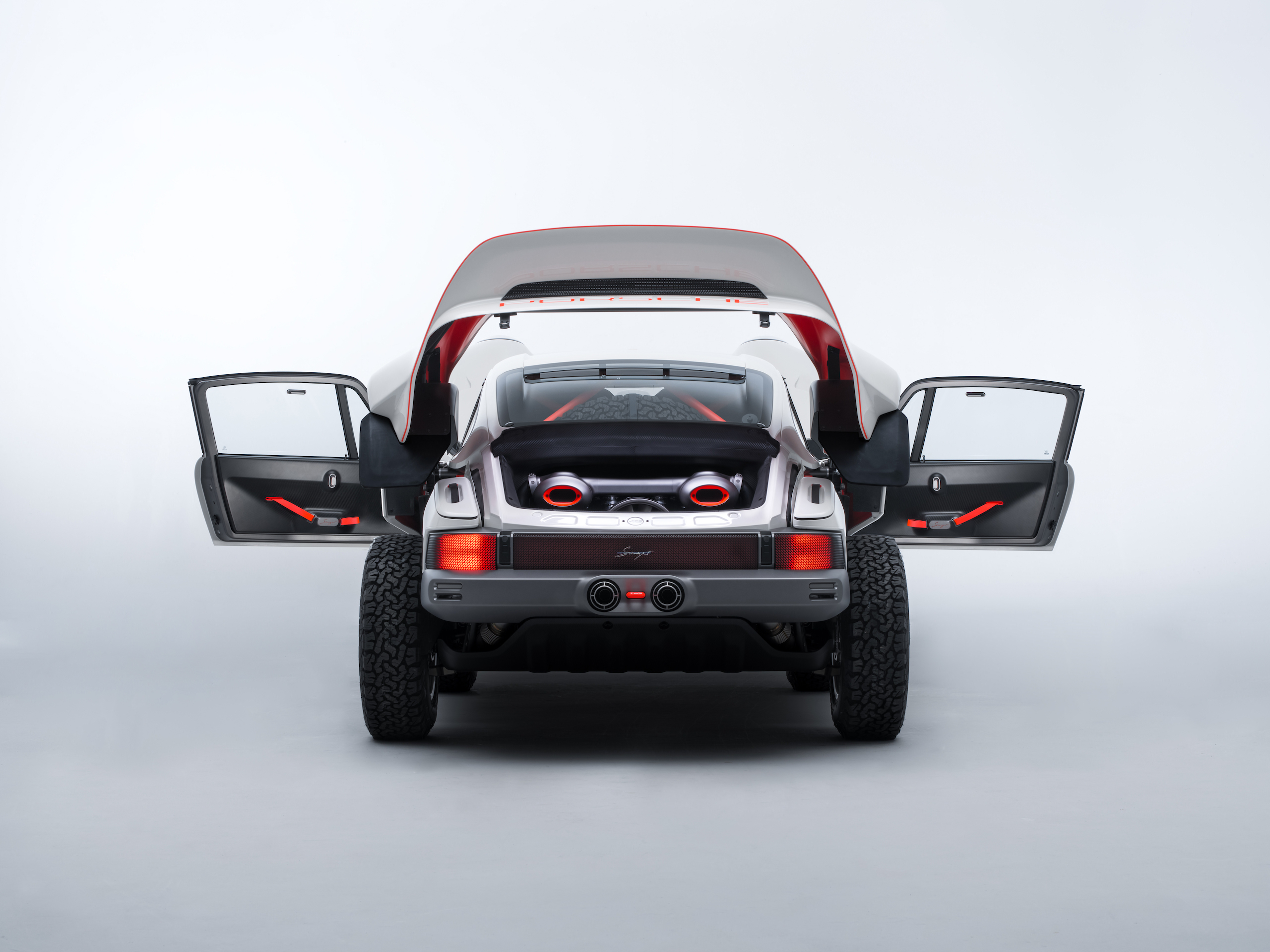 Singer All-Terrain Competition Study rear doors open