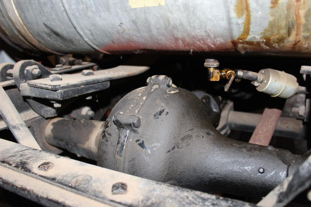Shaw Model T Conversion Tractor rear differential