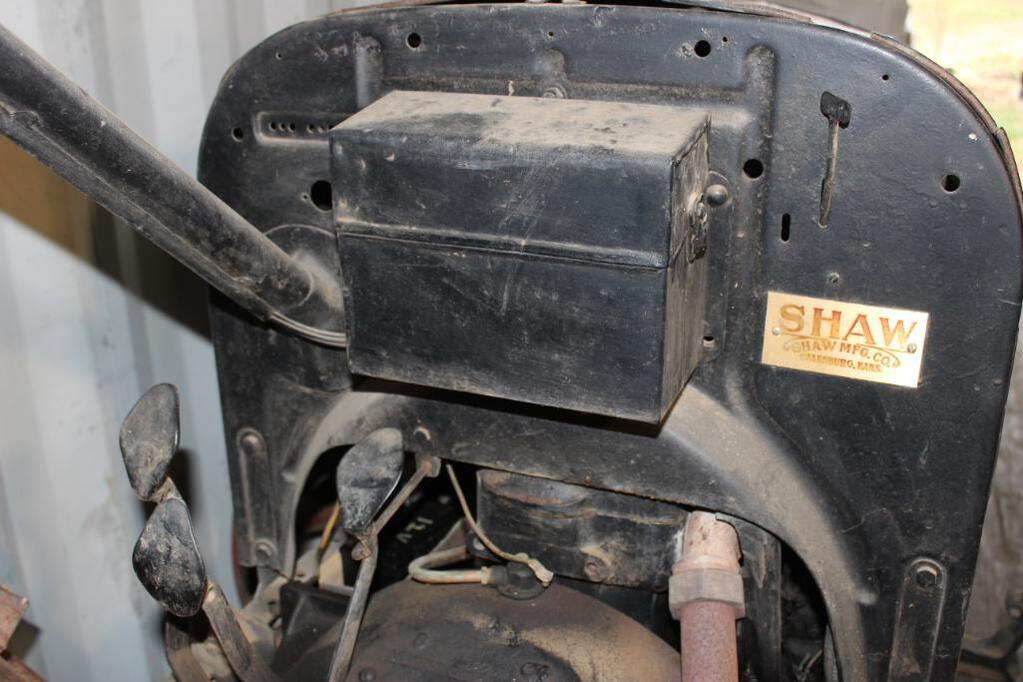 Shaw Model T Conversion Tractor emblem