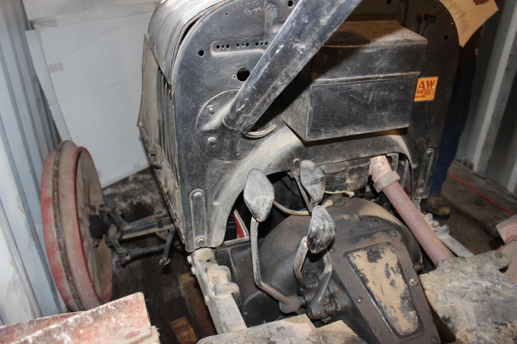 Shaw Model T Conversion Tractor controls