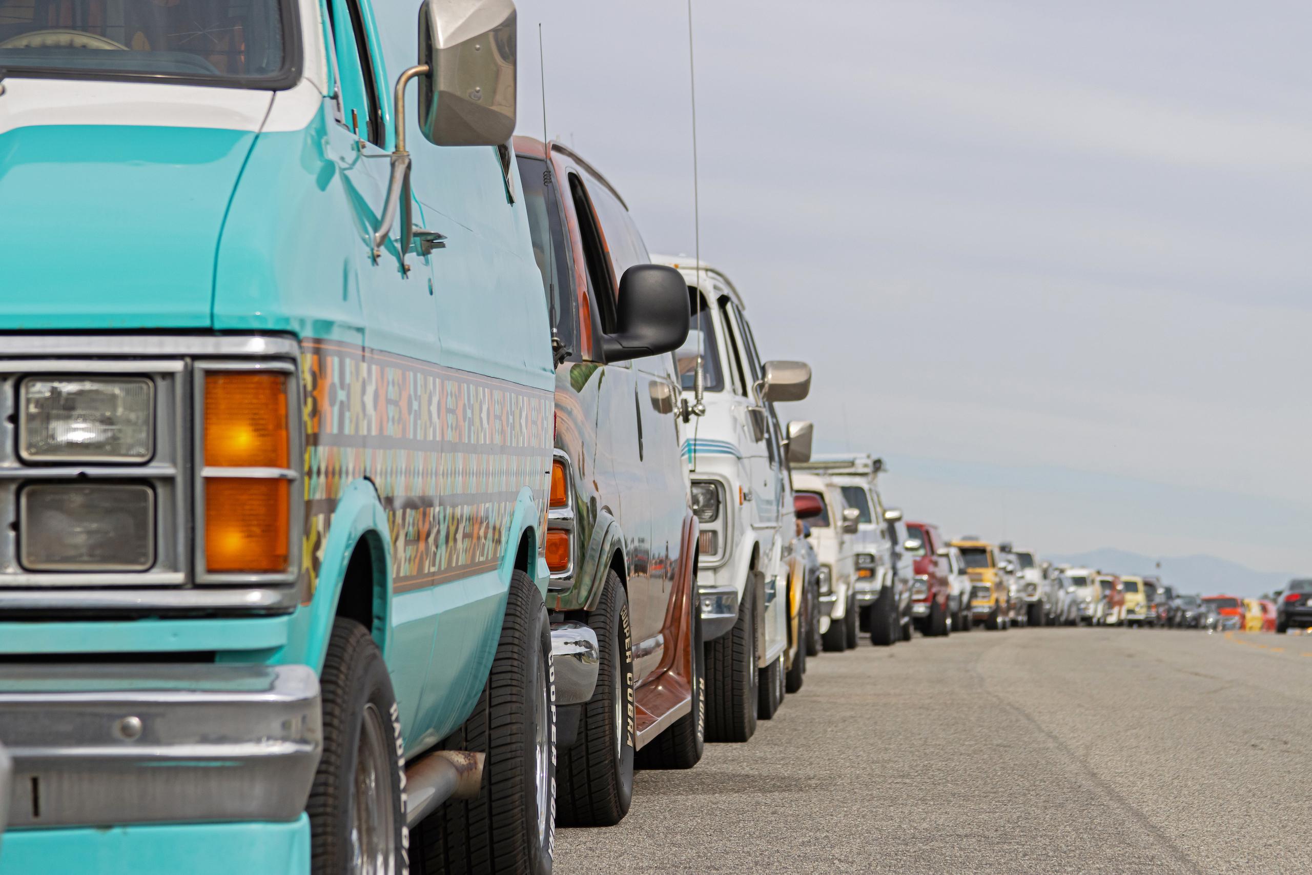 So-Cal Slow Ride Van Run lineup