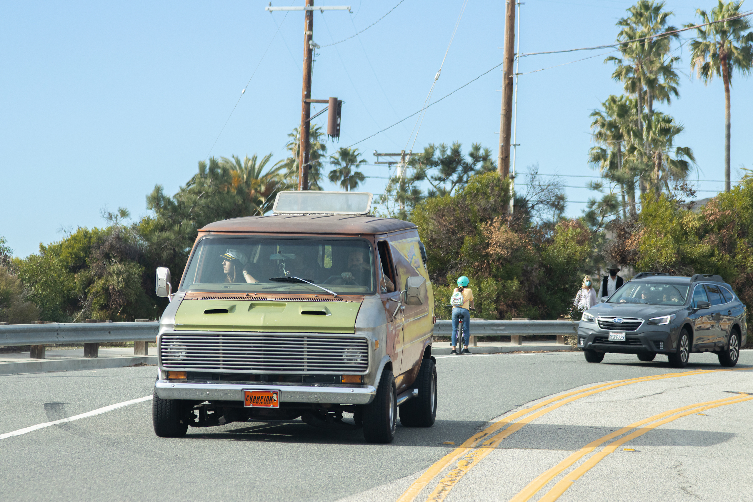 So-Cal Slow Ride Van Run front