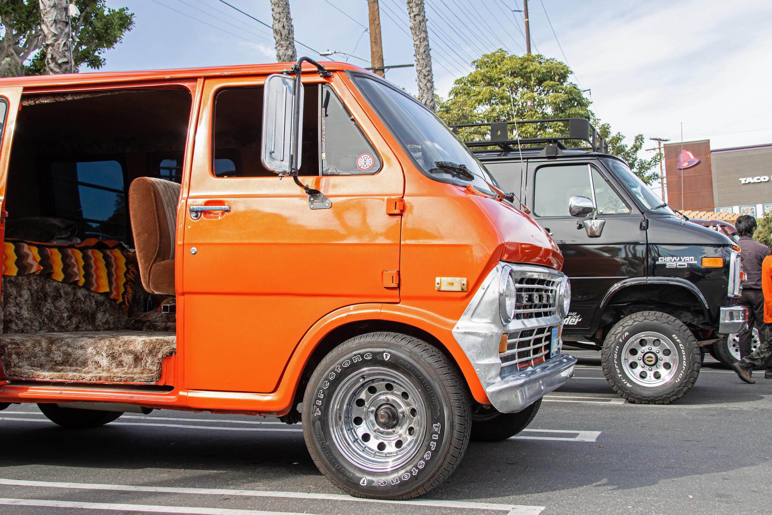 So-Cal Slow Ride Van Run orange ford