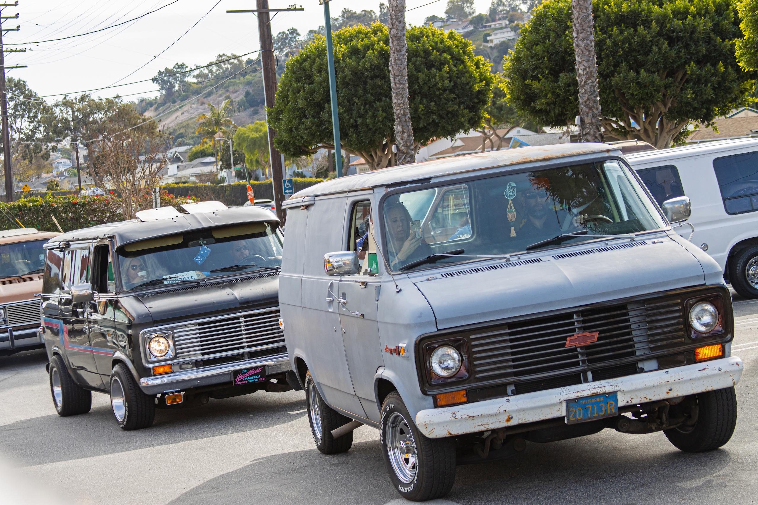 So-Cal Slow Ride Van Run chevy matte grey