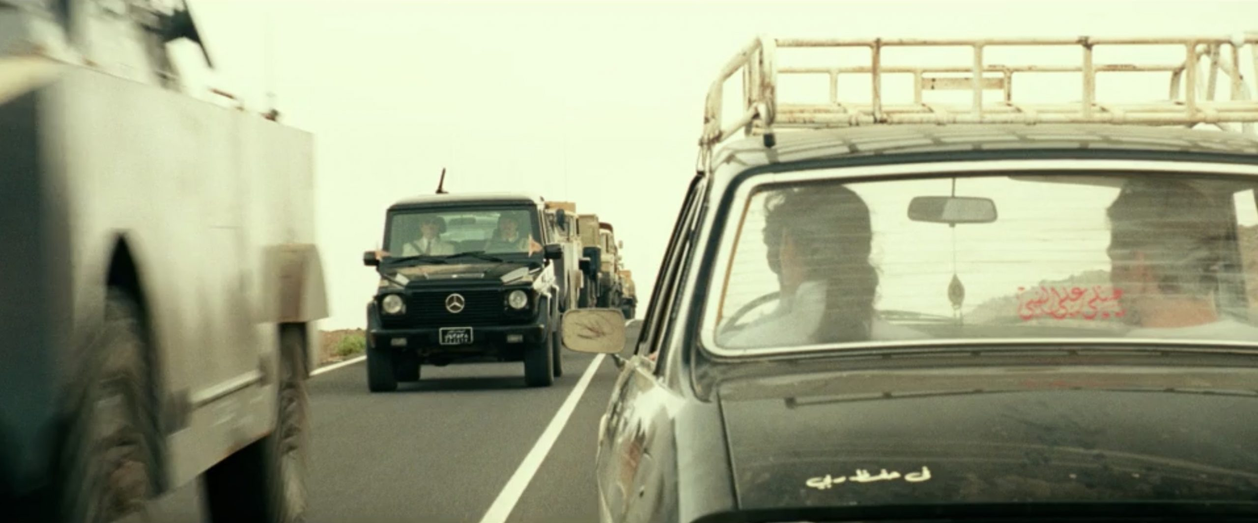 Mercedes G Wagon and Taxi chase scene action