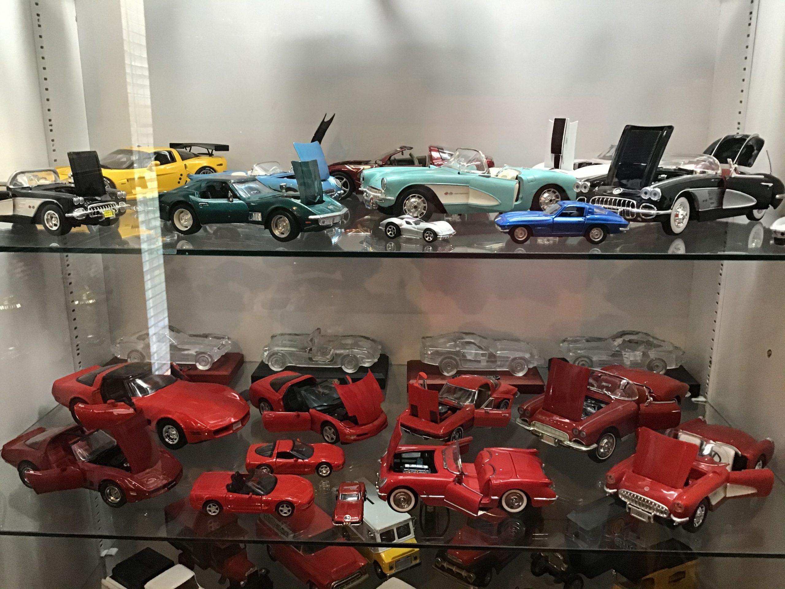 chevrolet corvette diecast models