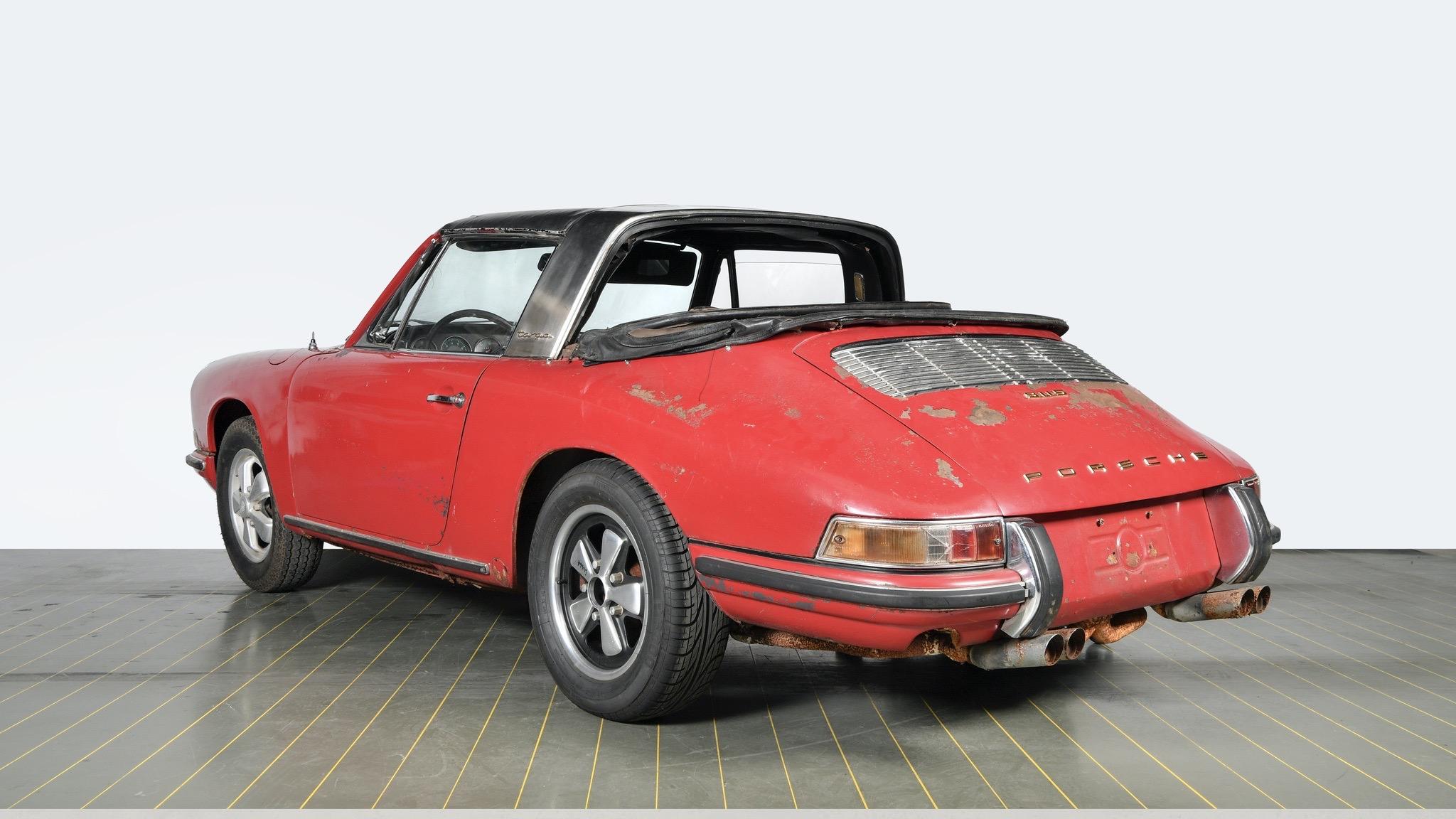 Porsche Classic 911 restoration 3