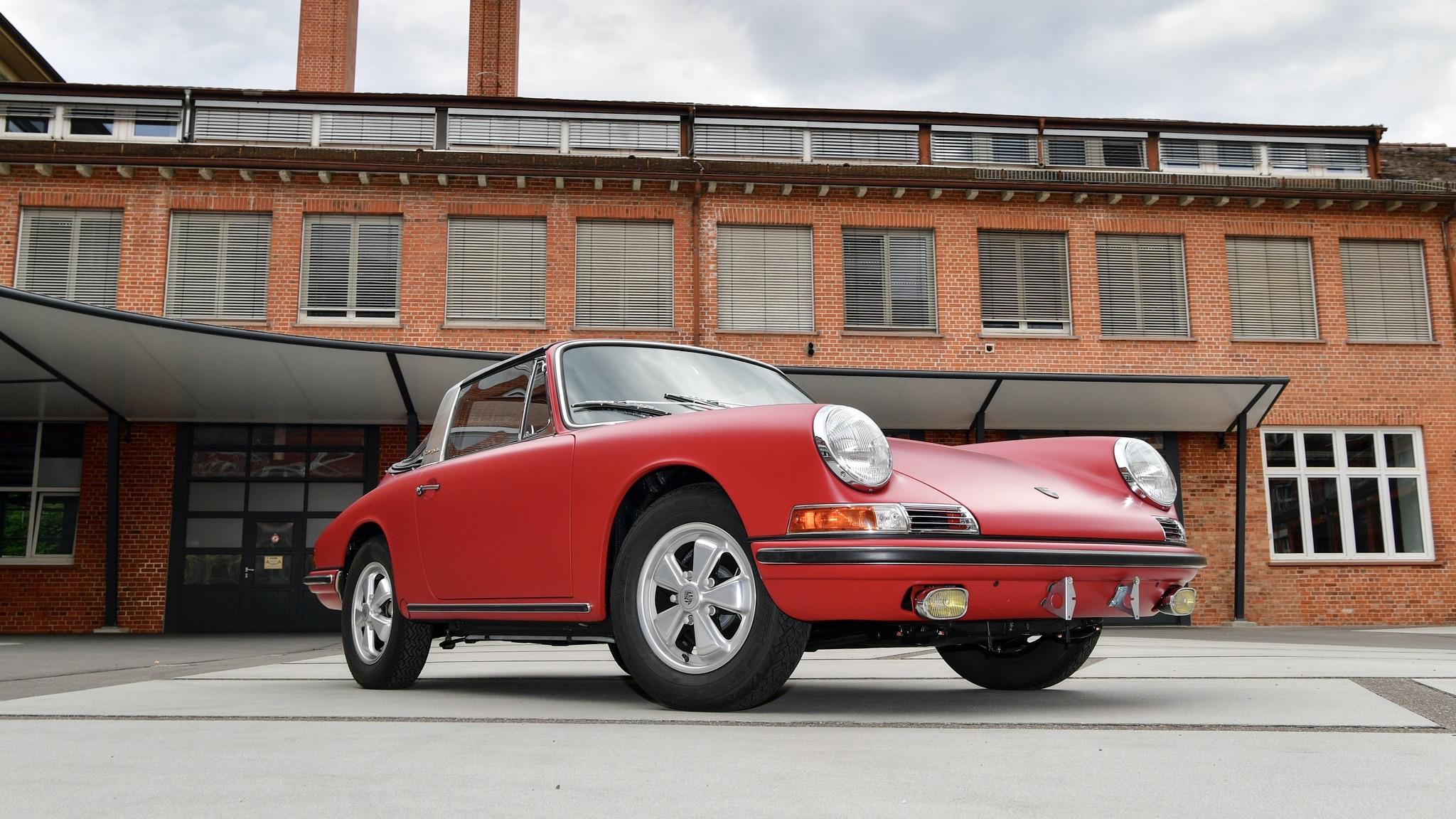 Porsche Classic 911 restoration 21