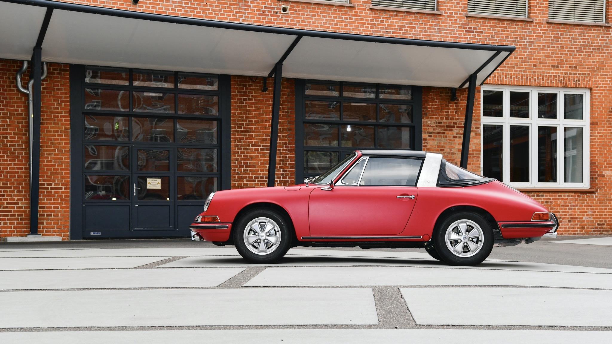 Porsche Classic 911 restoration 22