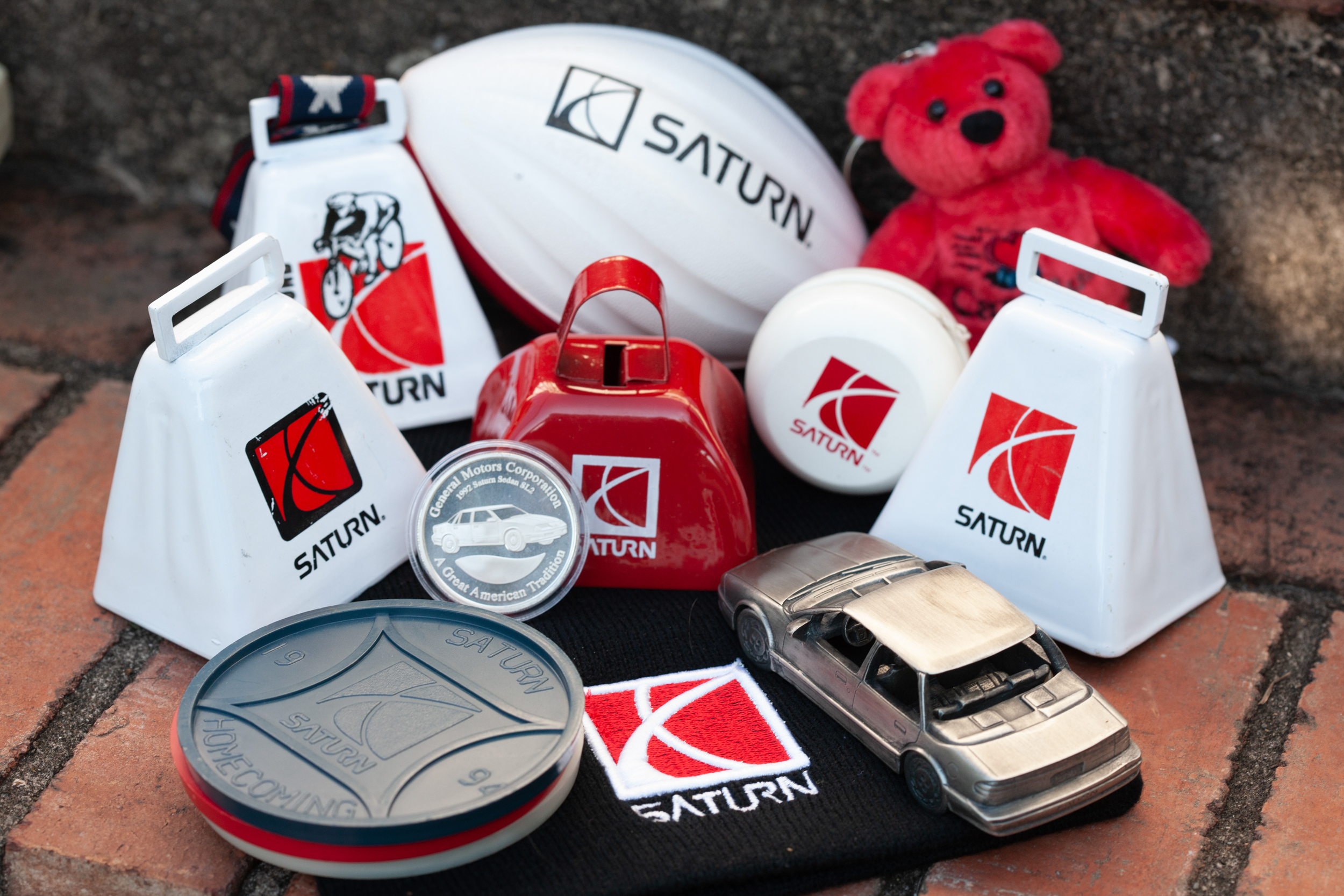 saturn branded automobilia