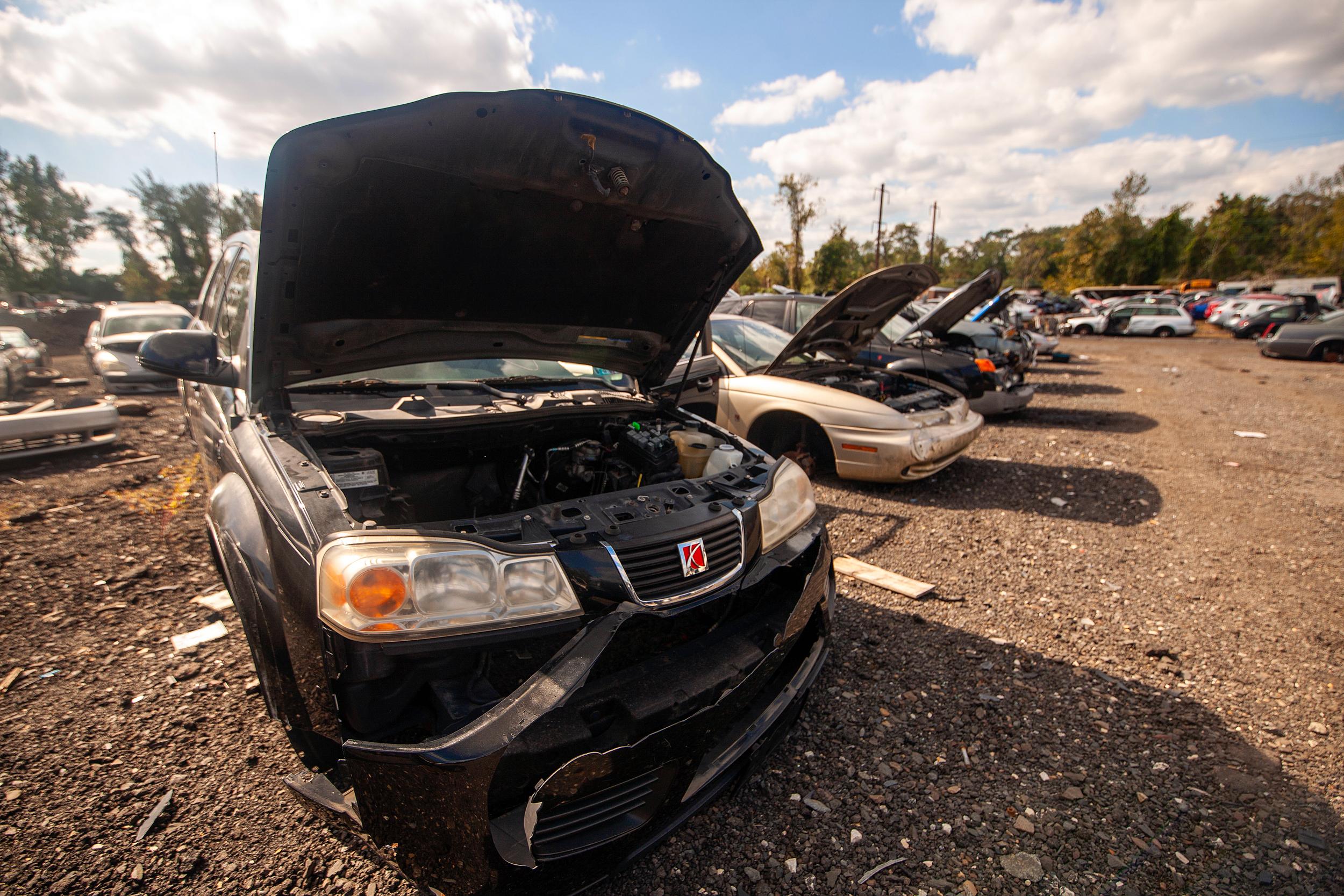 saturns open hoods junkyard