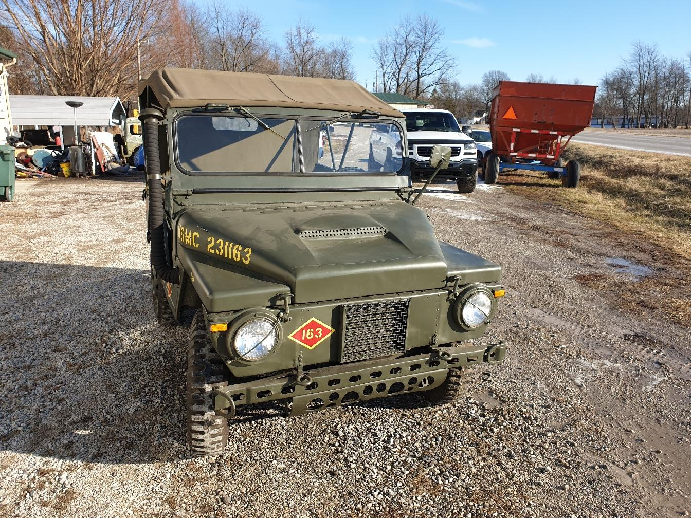 AMC M442A1 Mighty Mite front