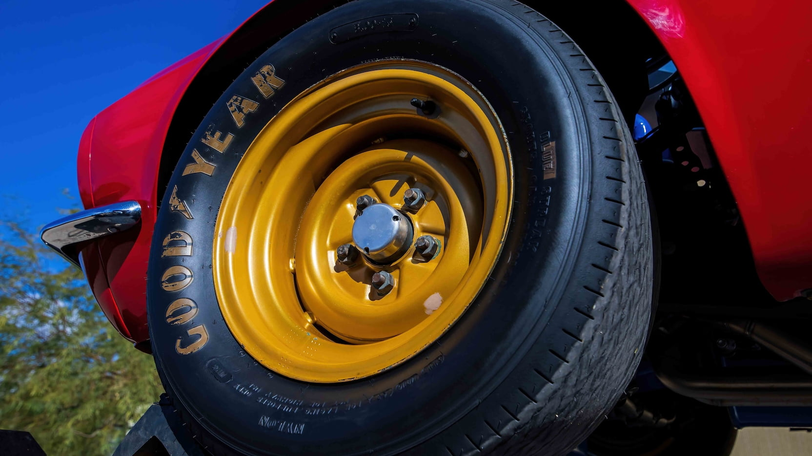 1967 Ford Mustang Holman-Moody Racer front wheel tire