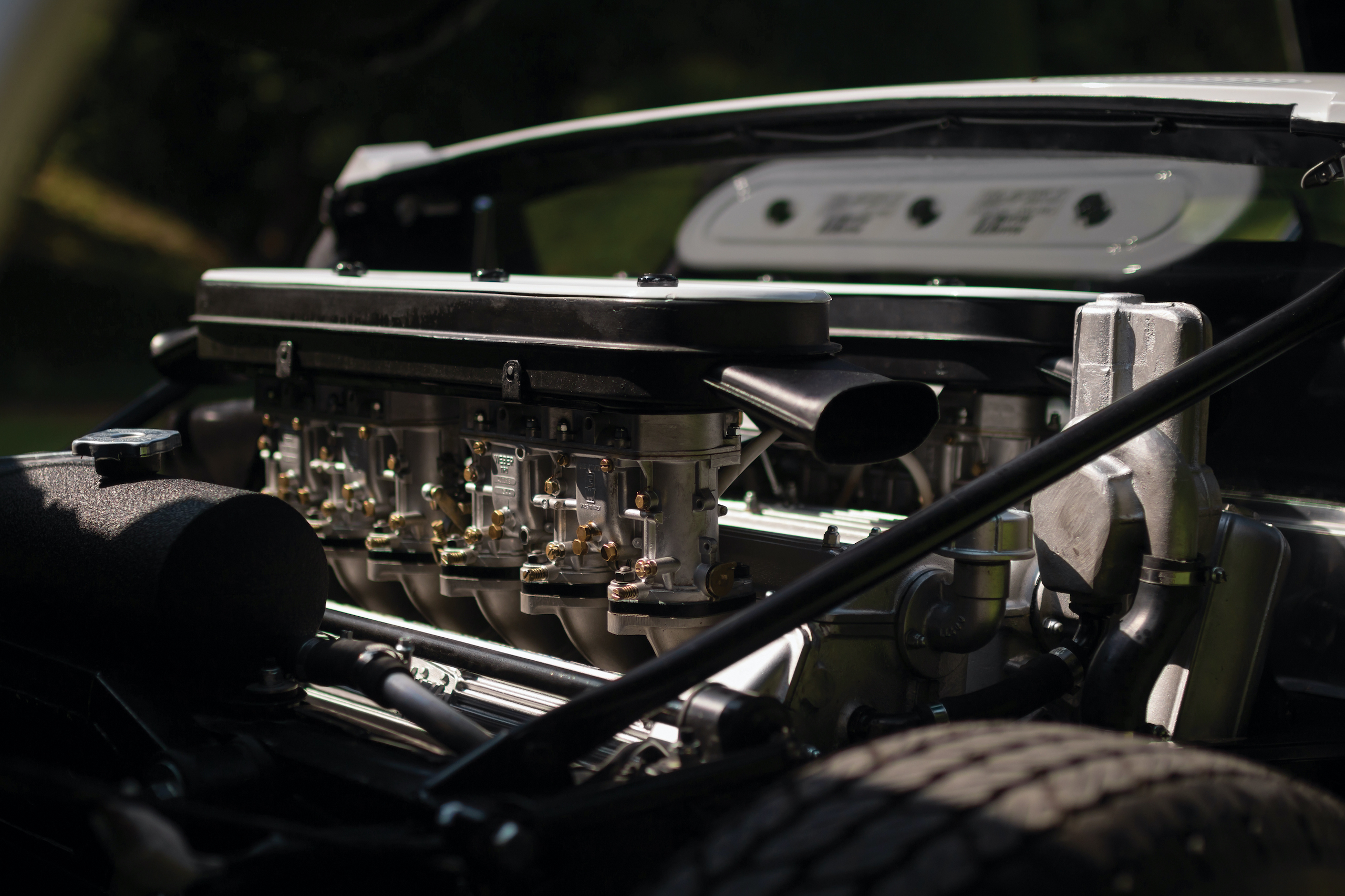 1971 Lamborghini Miura P400 S by Bertone engine
