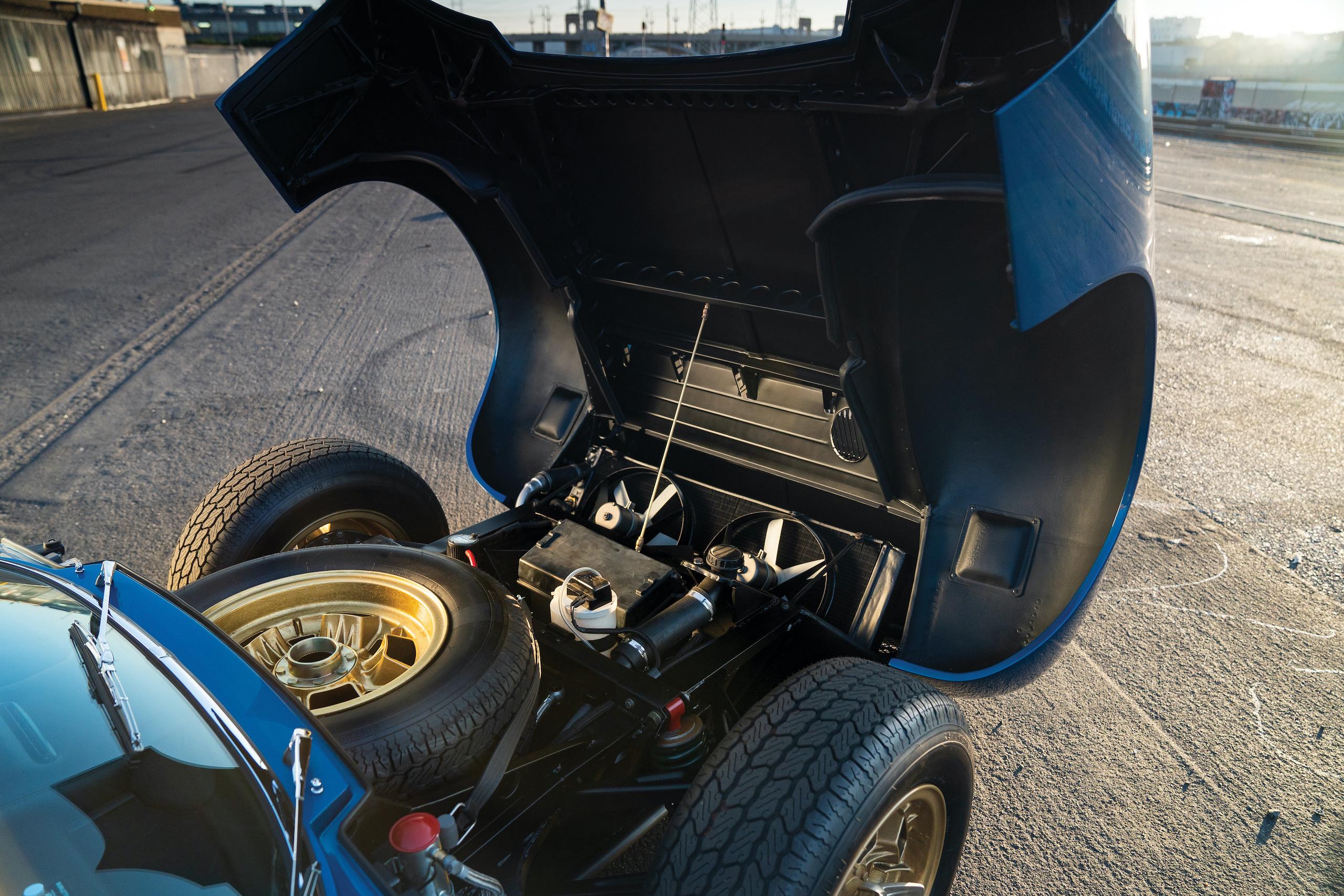 1971 Lamborghini Miura P400 SV hood up
