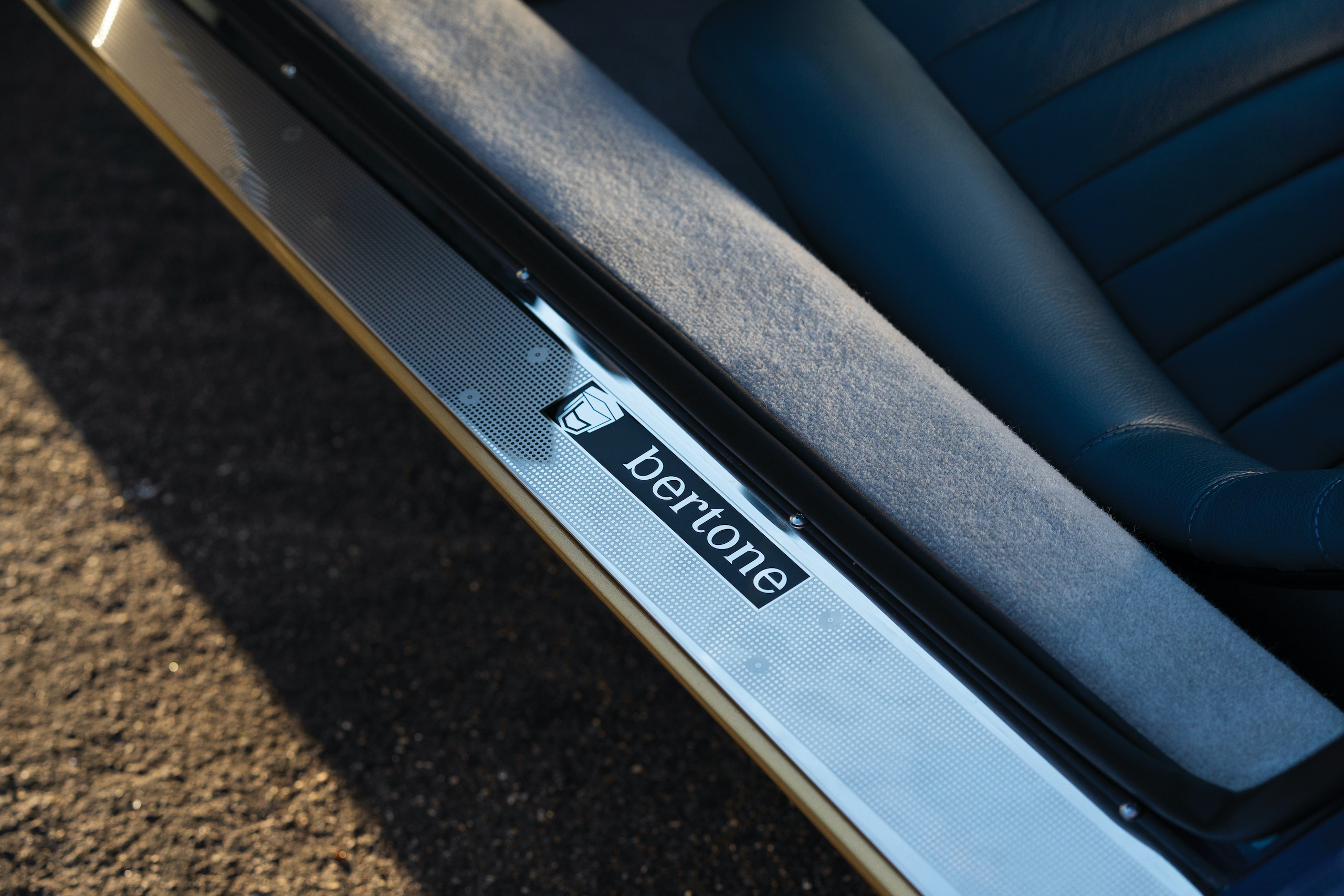 1971 Lamborghini Miura P400 SV door sill detail