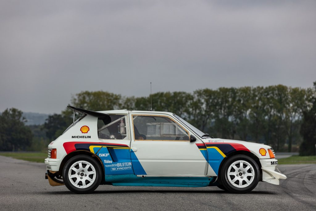 1985 Peugeot 205 Turbo 16 Evolution 2 side profile
