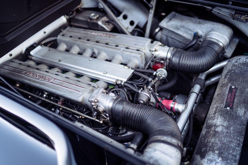 Lamborghini Diablo V12 engine