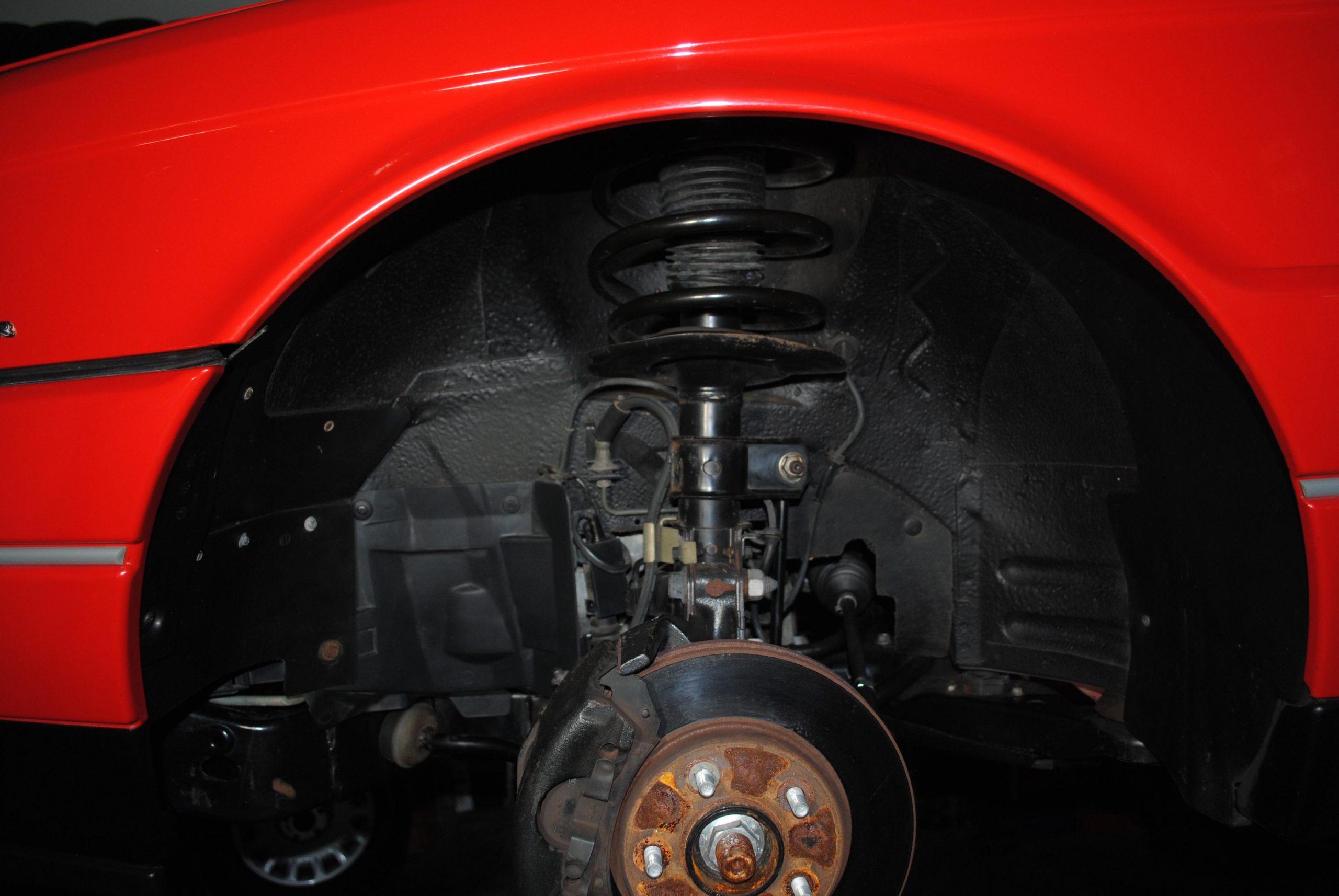 1993 Cadillac Allante suspension wheel well