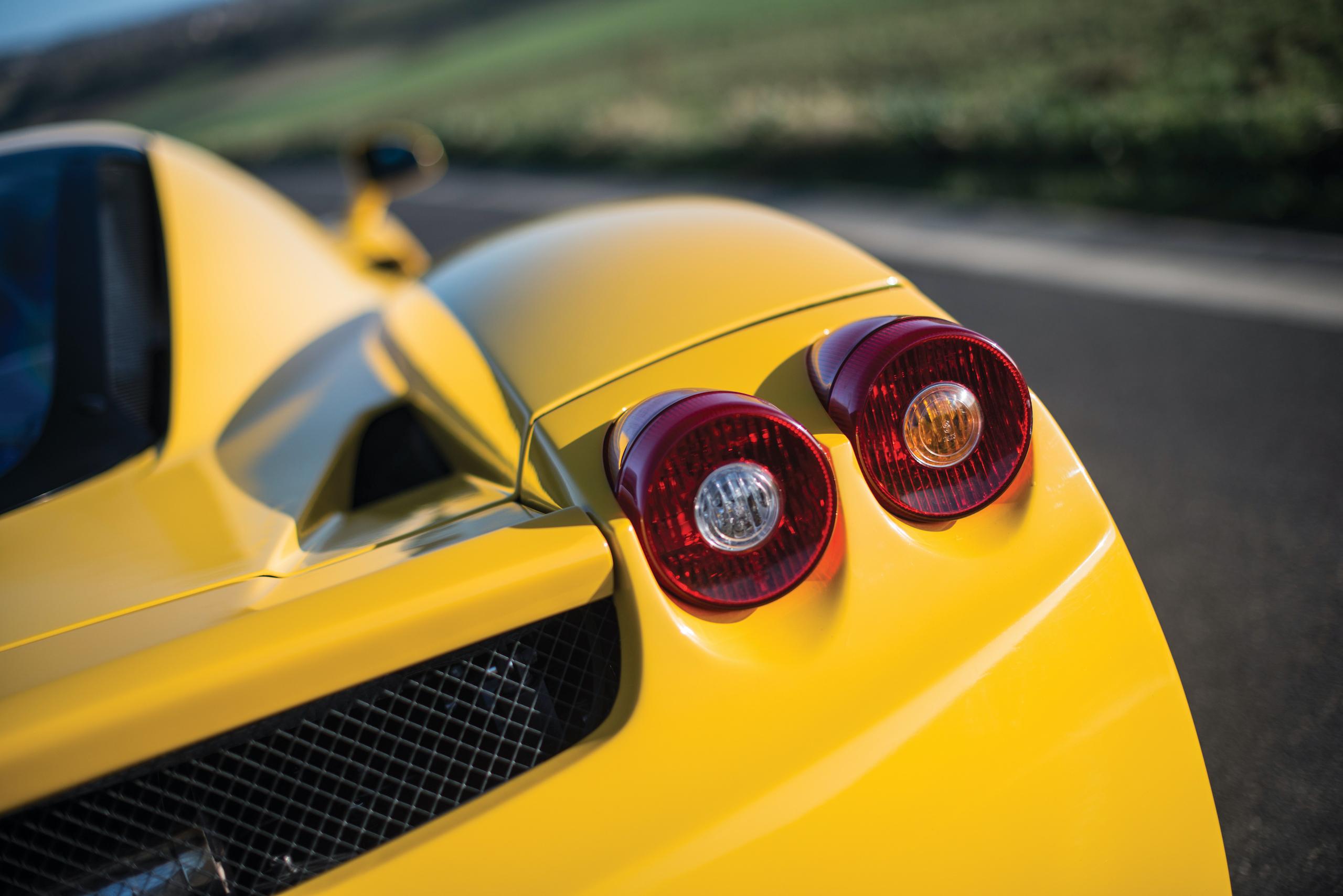2002 Ferrari Enzo taillight detail