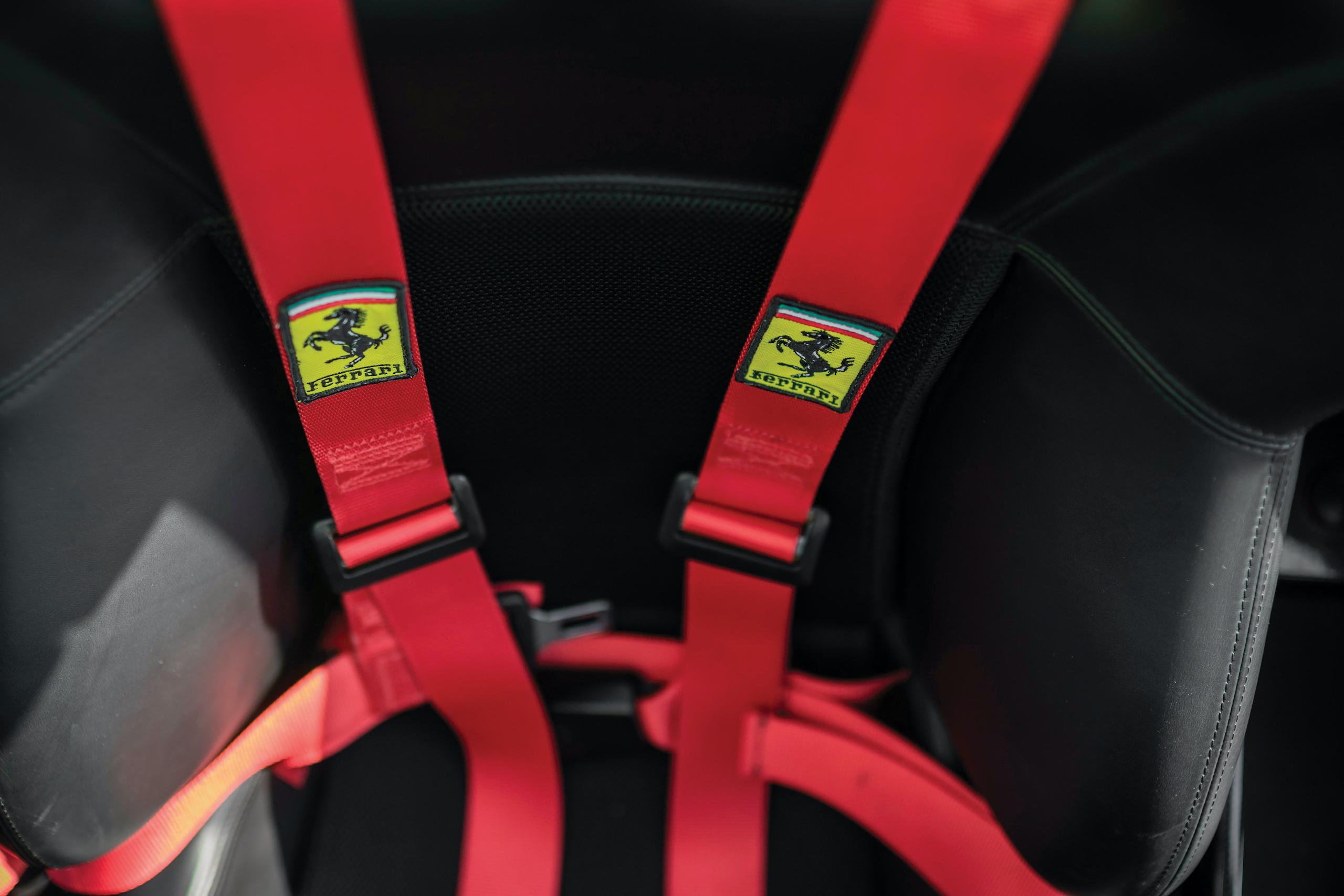2003 Ferrari Enzo seatbelt harness detail