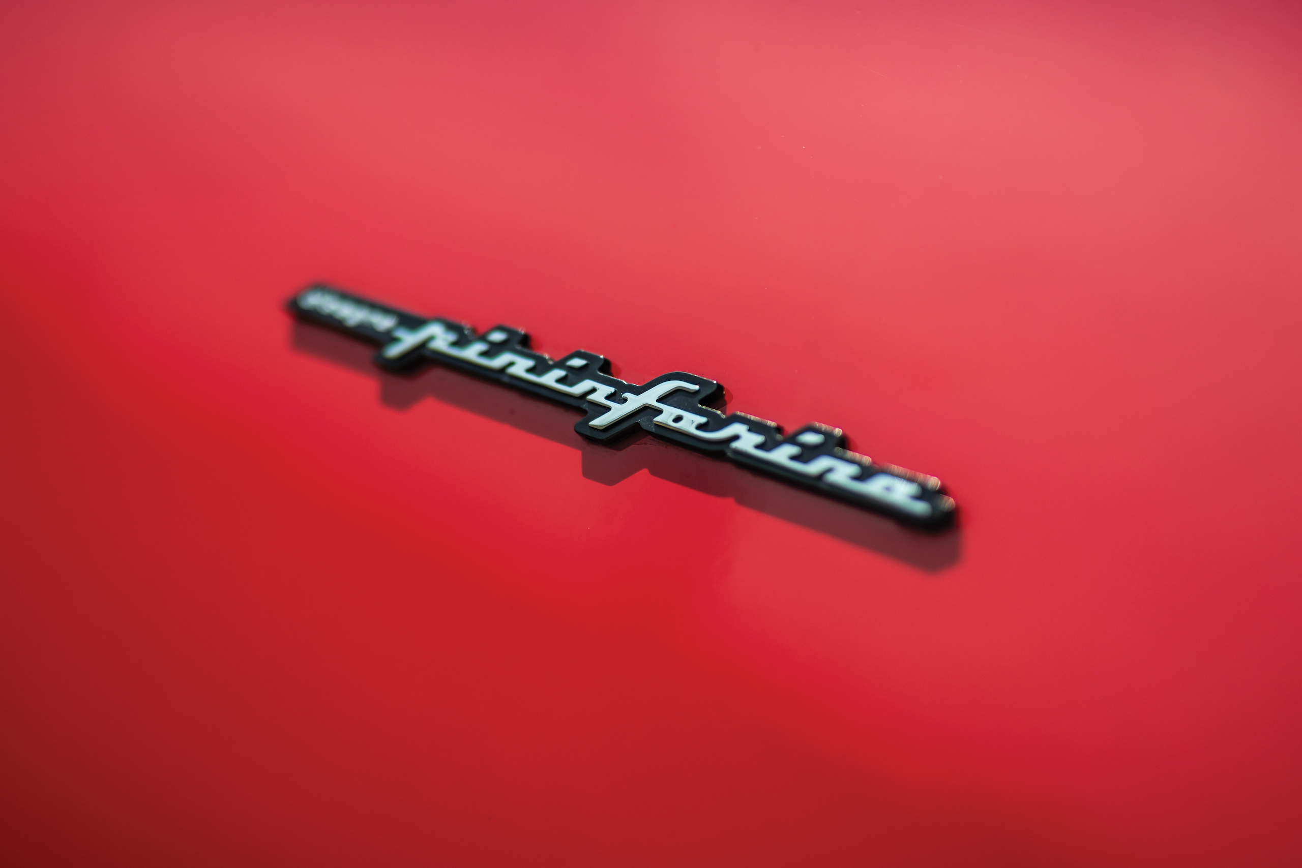 2003 Ferrari Enzo pininfarina badge detail